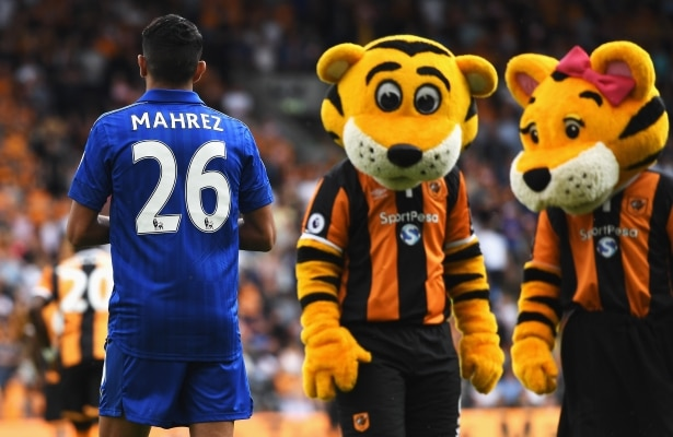 during the Premier League match between Hull City and Leicester City at KCOM Stadium on August 13, 2016 in Hull, England.